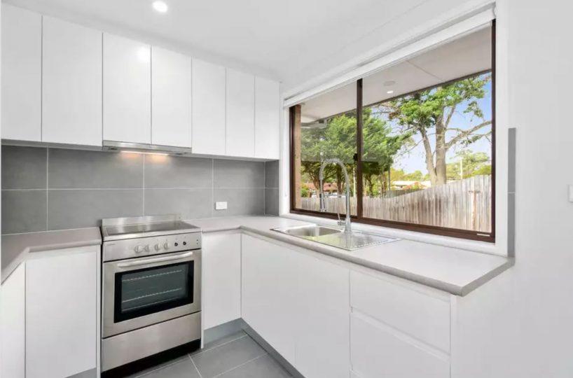 64-Banksia-Drive-Colo-Vale-Kitchen