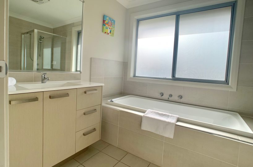 33 Boab Place, Casula - main bathroom