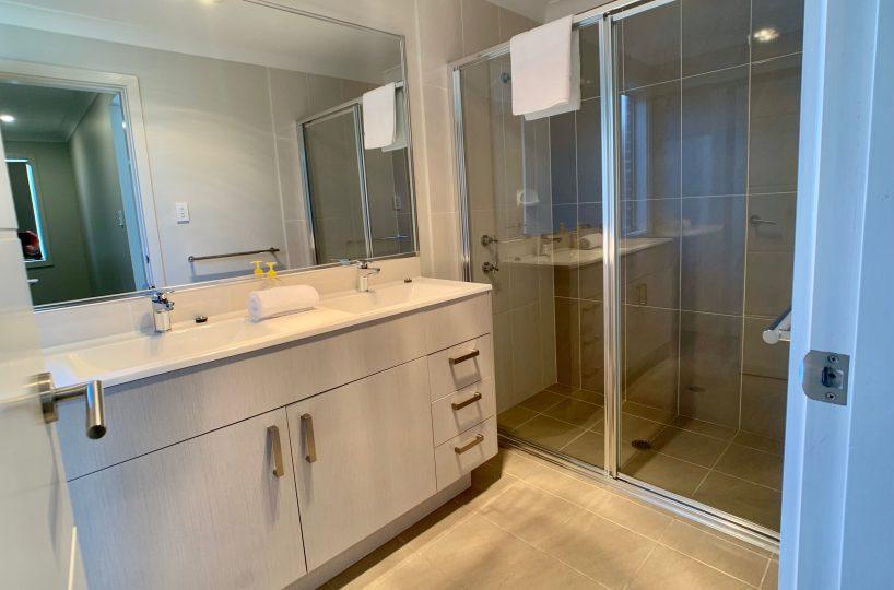 32 Alpine Place, Carnes Hill - Ensuite Bathroom