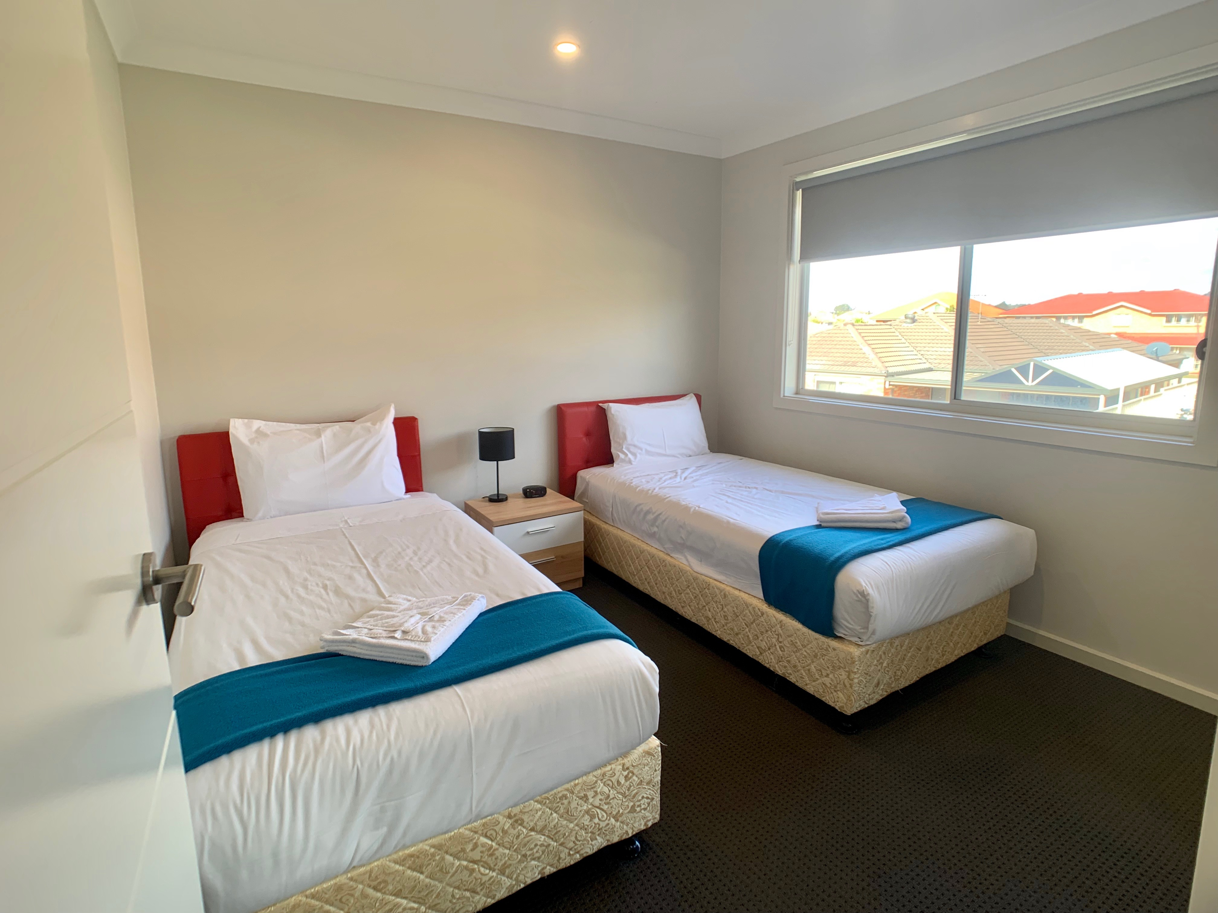 32 Alpine Place, Carnes Hill - Bedroom