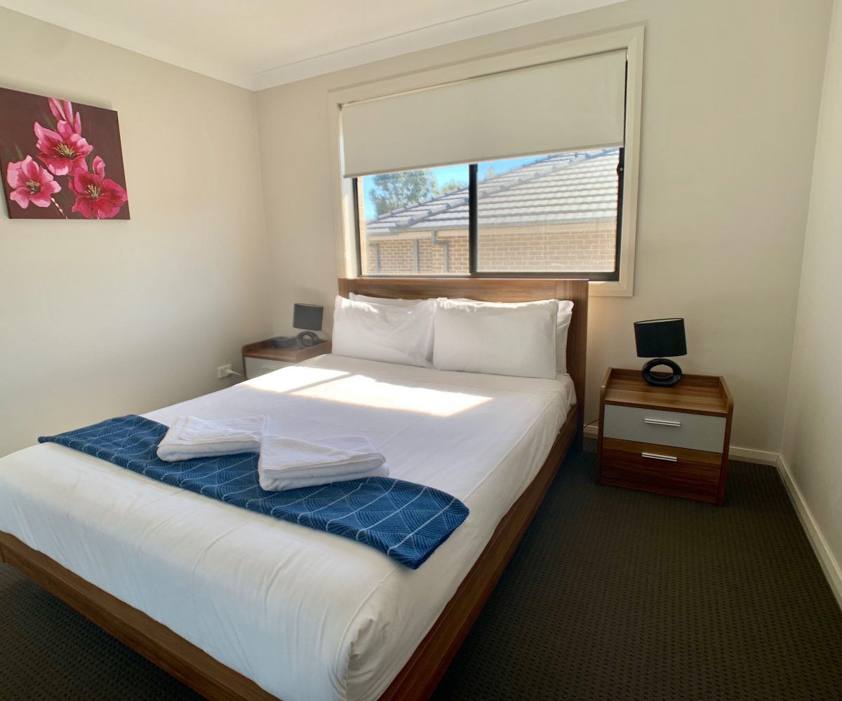 27 boab pl casula - bedroom
